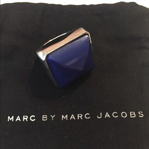 Oversized statement Marc Jacobs ring!